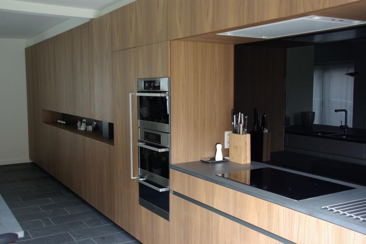 Half Open Keuken : Interieur van een half open bebouwing katrijn van roey